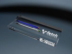 Stifteablage aus Glas mit Gravur und 2 Stiften