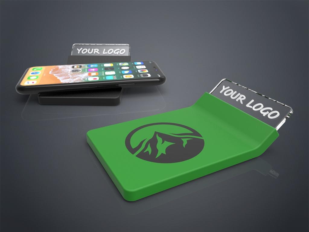 Zwei Crystal Wireless Charger in grün und schwarz mit Gravur