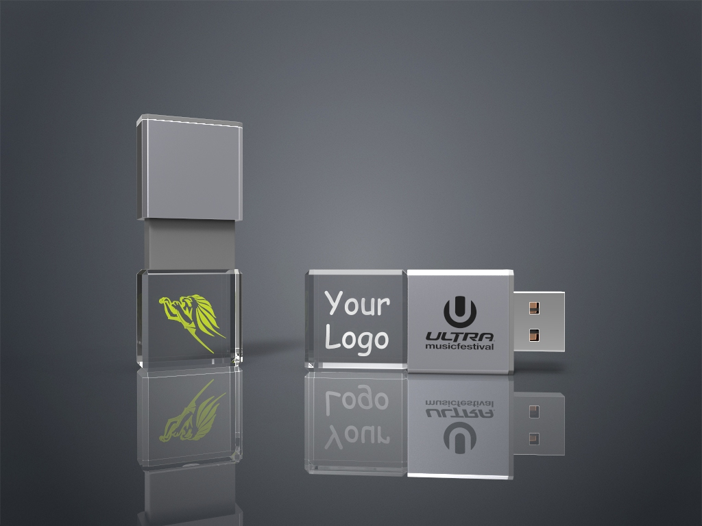 Zwei Crystal USB Sticks Slide aus Glas mit Lasergravur